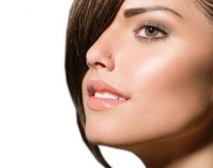 עיבוי שפתיים נשים