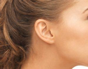 ניתוח הצמדת אוזניים נשים